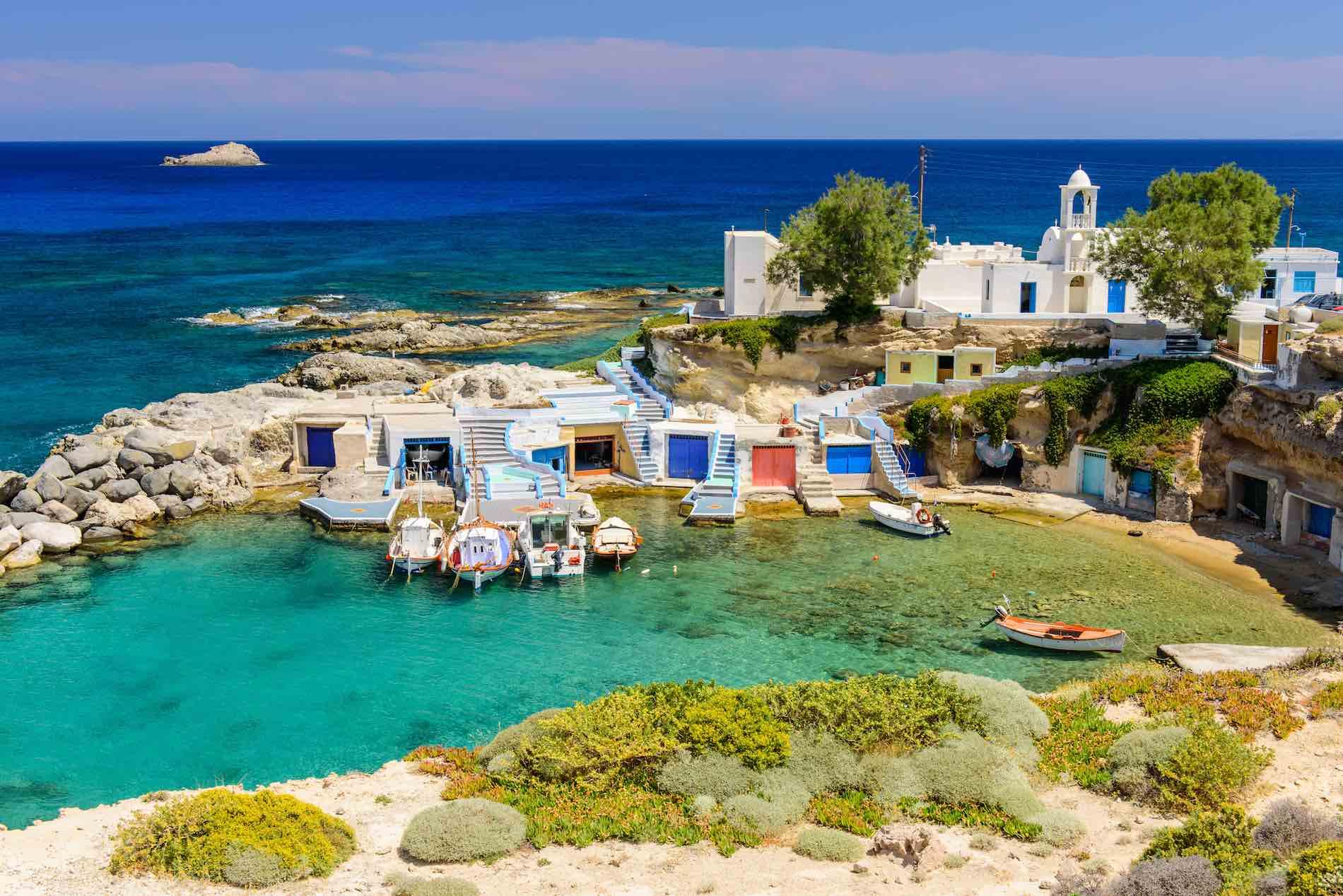 Isola di Milos baia di pescatori